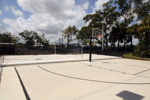 Basketball / Sand Volleyball Court